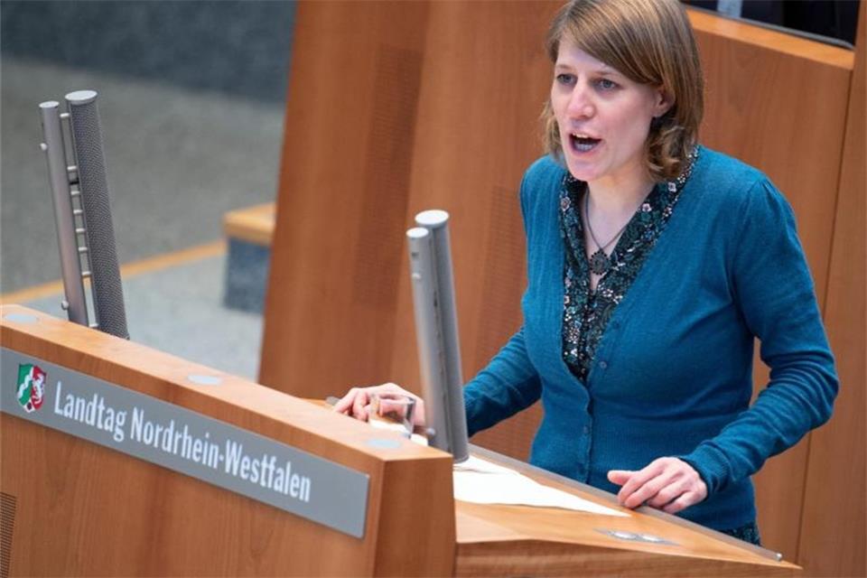 Regierung will Landtag über Corona unterrichten