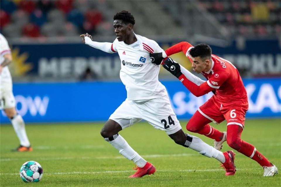 HSV nach 0:0 in Düsseldorf auf Kurs...